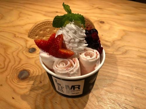 マンハッタンロールアイスクリーム 神戸