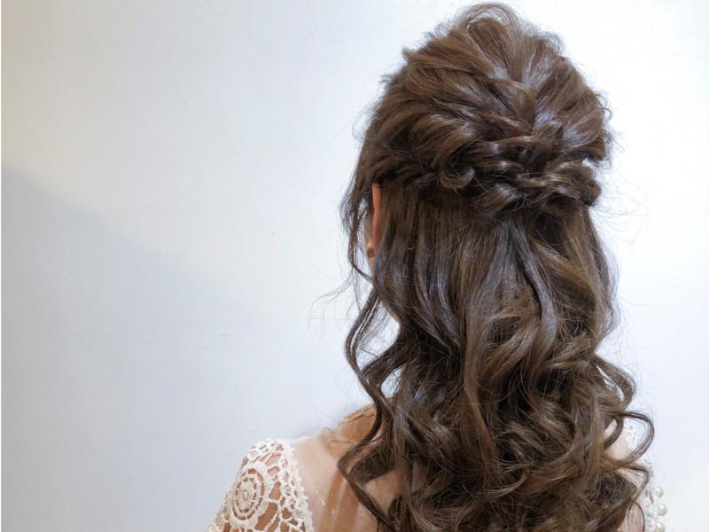 結婚式ゲストのヘアアレンジ 自分でできるアップスタイル ハーフ