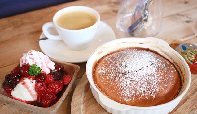 紬カフェ 窯焼きパンケーキ