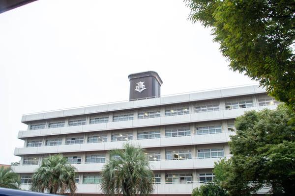 高校-2010081-19