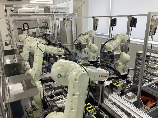 自動PCR検査ロボットシステム(稼働準備中)